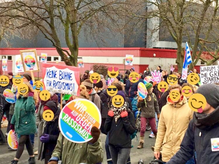 9.500 protestieren in Hannover gegen AfD Bundesparteitag und für Solidarität